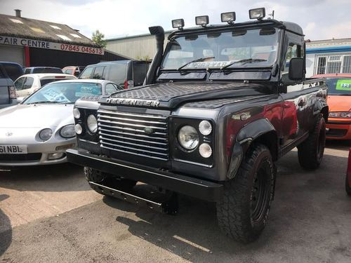 Used land rover defender in derbyshire on finance from 50 for Becker payment plan