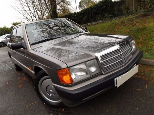 Used mercedes benz 190 on finance from 50 per month no for Finance mercedes benz