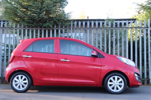 Kia Picanto windscreen
