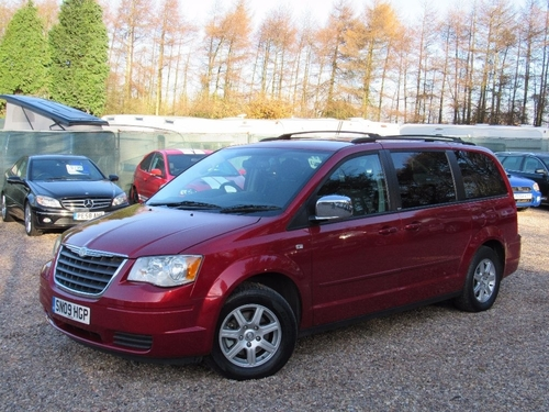 Used Chrysler Grand Voyager Crd Lx On Finance In Sutton