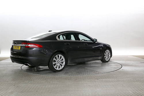 Jaguar XF Boot Nice Design