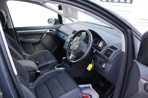 Used Volkswagen TOURAN 1.6 TDI BLUEMOTION TECH on Finance in Luton ...