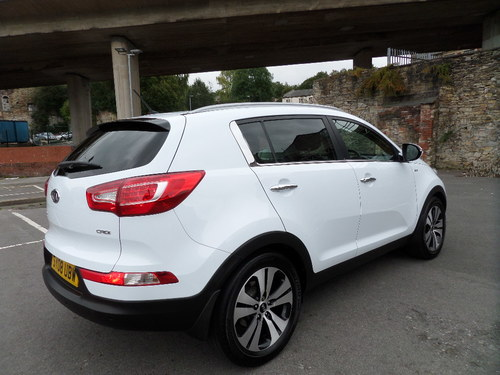 Kia Sportage windscreen