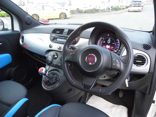 how to connect bluetooth to fiat 500