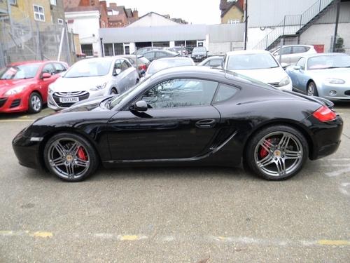 Porsche Cayman London