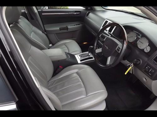 Used Chrysler 300C V6 RHD on Finance in Basildon £161.38 per month ...