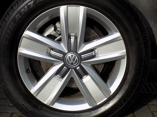 Volkswagen Caravelle doors