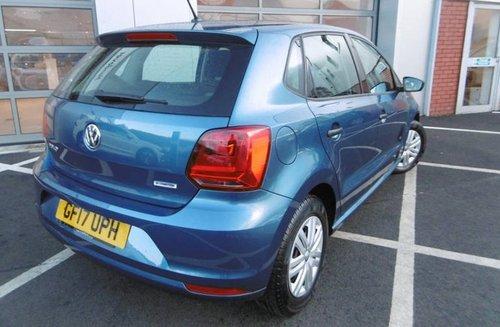 Volkswagen Polo windows