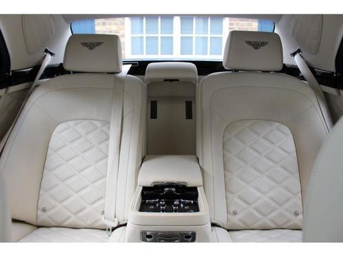 Bentley Mulsanne windscreen