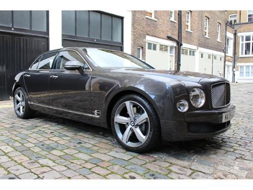 Bentley Mulsanne stereo