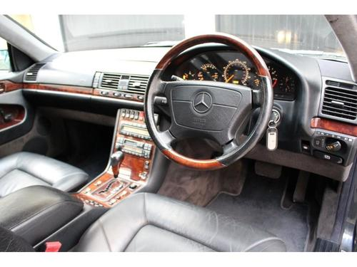 Mercedes-Benz CL boot