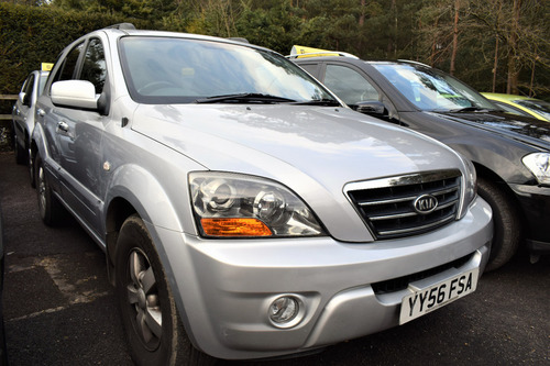 Used kia sorento in surrey on finance from 50 per month for Kia motors finance rates