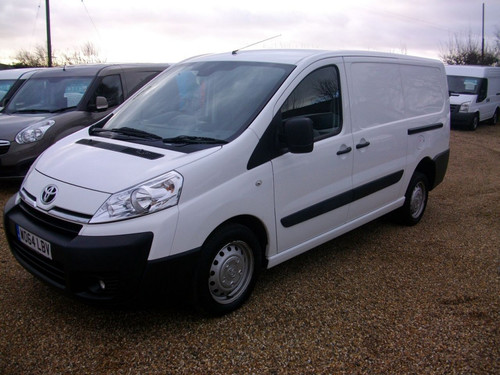 used toyota proace on finance from 50 per month no deposit. Black Bedroom Furniture Sets. Home Design Ideas