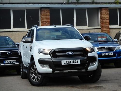 used ford ranger diesel pick up 3 2 limited 4x4 dcb tdci automatic on finance in warrington 922. Black Bedroom Furniture Sets. Home Design Ideas