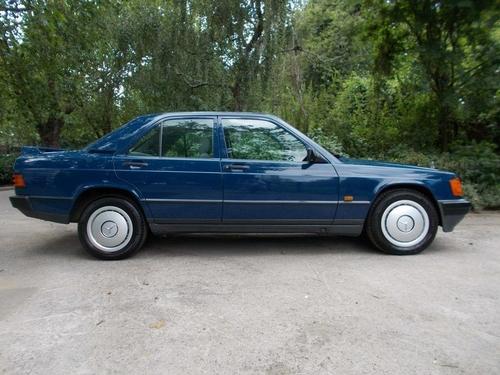 Mercedes-Benz 190 motor