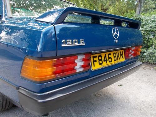 Mercedes-Benz 190 windscreen