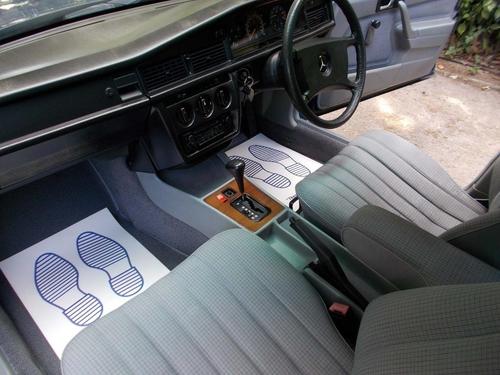 Mercedes-Benz 190 alloy wheels