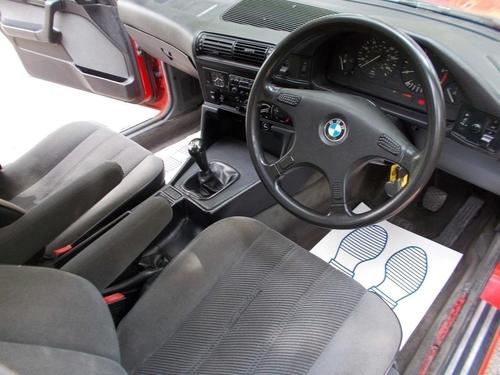 BMW 5 Series wheel