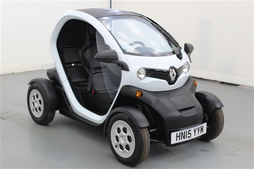used renault twizy on finance from 50 per month no deposit. Black Bedroom Furniture Sets. Home Design Ideas