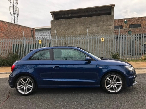 Audi A1 stereo
